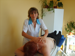 Под массажистки в колпино секс видео